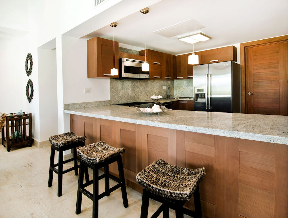 Private Kitchen, Sublime Samana Hotel & Residences