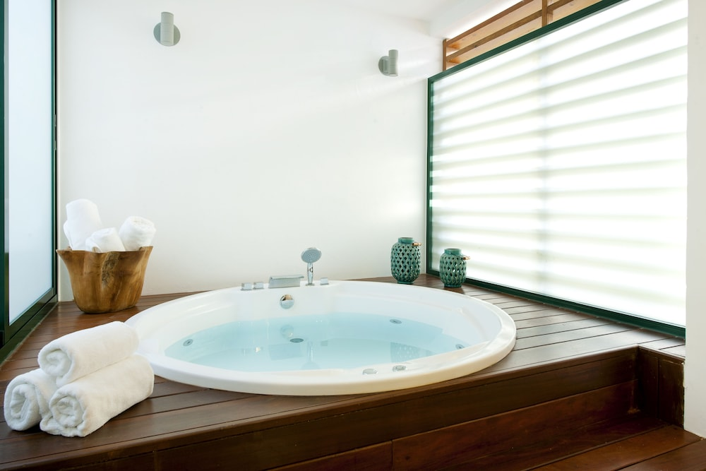 Jetted Tub, Sublime Samana Hotel & Residences