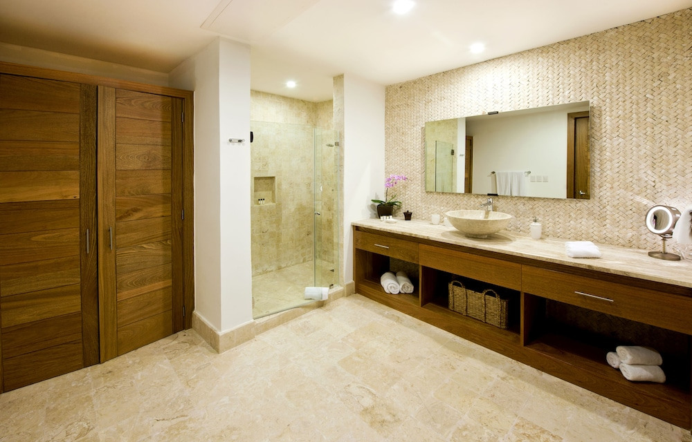 Bathroom, Sublime Samana Hotel & Residences