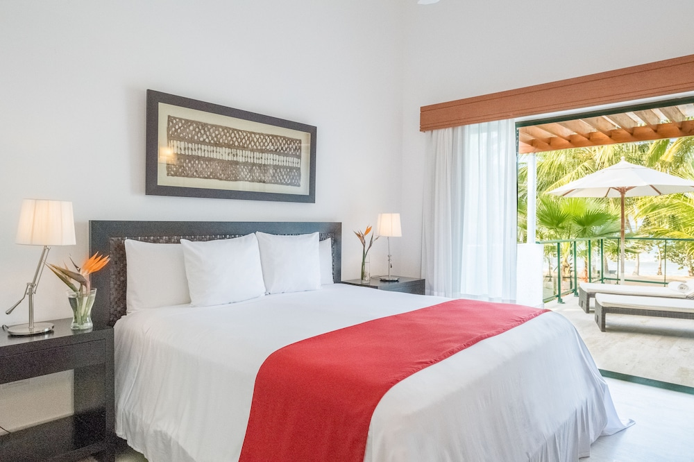 Room, Sublime Samana Hotel & Residences
