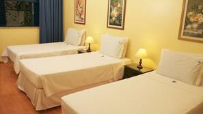 Ropa de cama de alta calidad, minibar, camas supletorias (de pago)