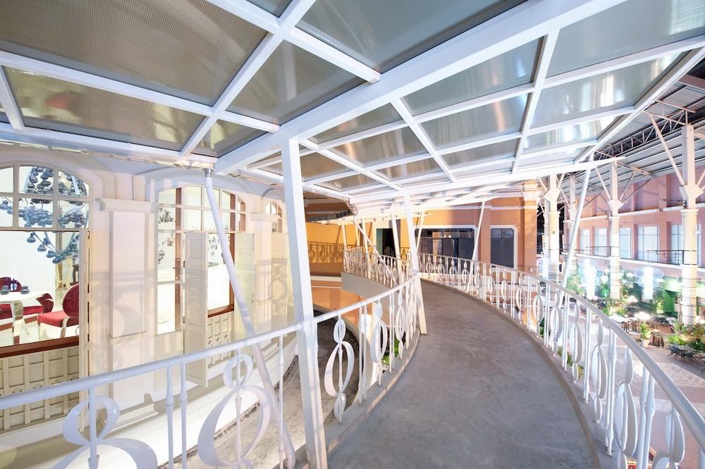 Pimnara boutique hotel reviews photos rates for Boutique hotel phuket