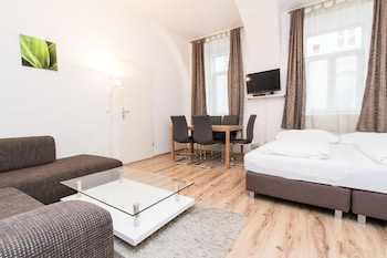 CheckVienna – Apartment Czerningasse