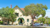 Neutral Bay Lodge - Neutral Bay Hotels