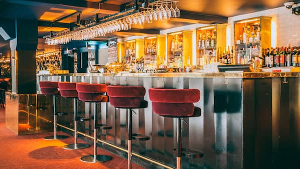 3 barer/lounger, cocktailbar