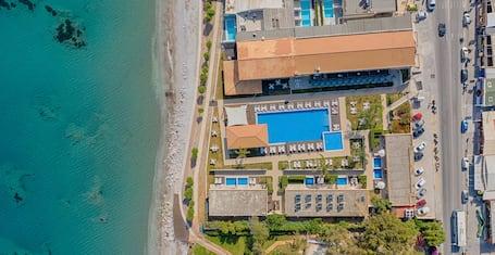 Villa Di Mare Seaside Suites
