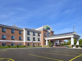 Holiday Inn Express Hotel & Suites Niles, an IHG Hotel