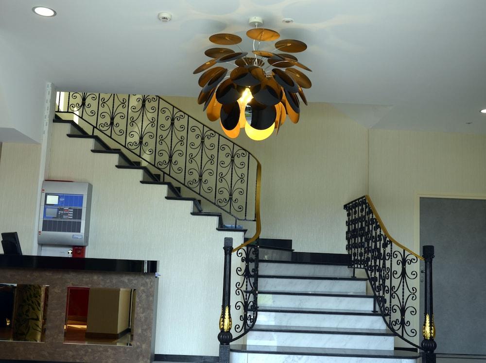 Le Grand Hotel Maubeuge Fra Best Price Guarantee Lastminute Com Au