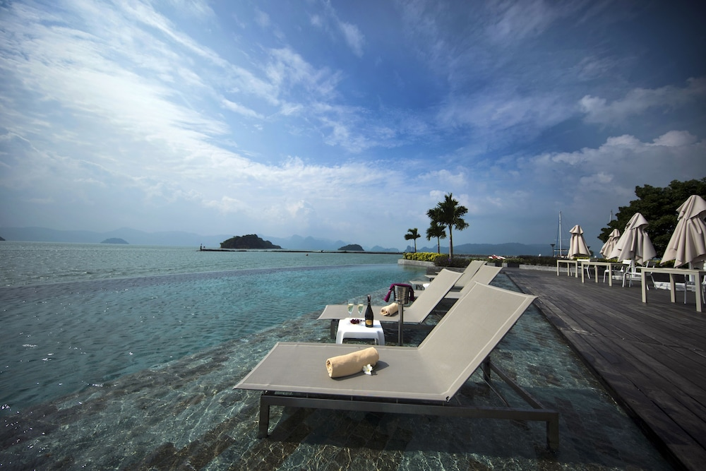 Infinity Pool, Resorts World Langkawi