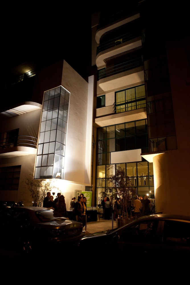Front of Property - Evening/Night, Diaghilev LOFT live art hotel