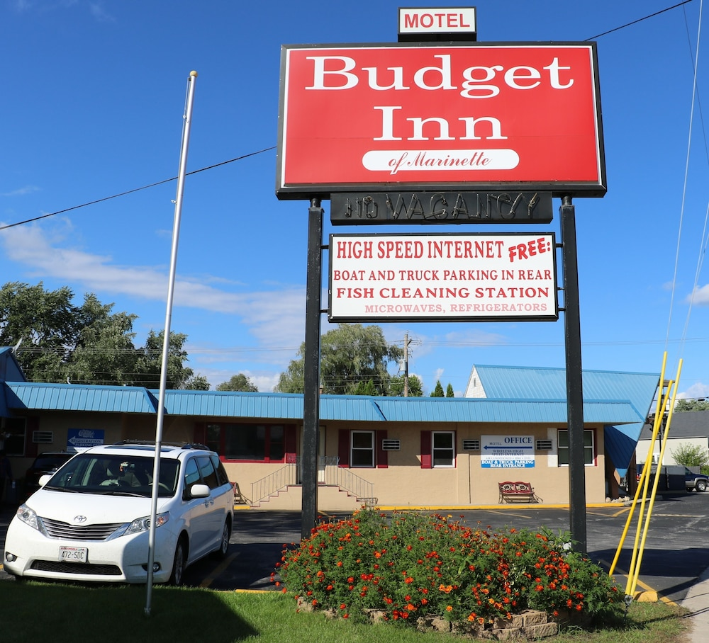 Budget Inn Marinette in Marinette | Hotel Rates & Reviews on Orbitz