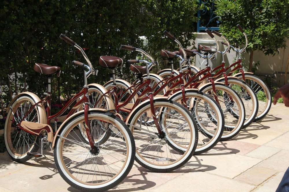 Bicycling, Arbel Suites Hotel
