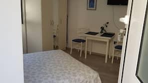 Premium bedding, Select Comfort beds, desk, free WiFi