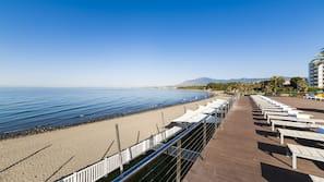 Am Strand, Yoga, Strandbar