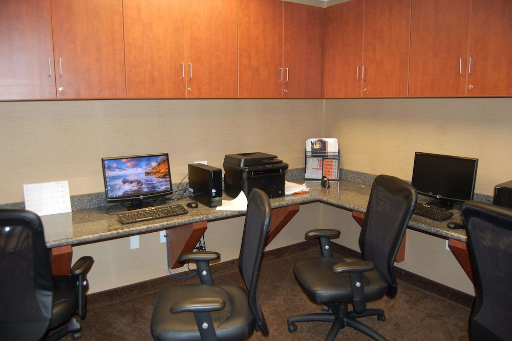 Business Center, Hampton Inn Sidney NE