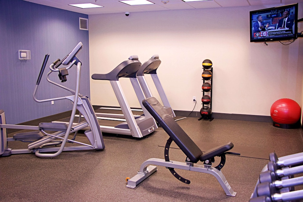 Fitness Facility, Hampton Inn Sidney NE