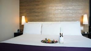 Egyptian cotton sheets, hypo-allergenic bedding, pillowtop beds, minibar