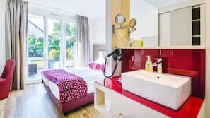 Zimmersafe, individuell dekoriert, Zustellbetten, kostenloses WLAN