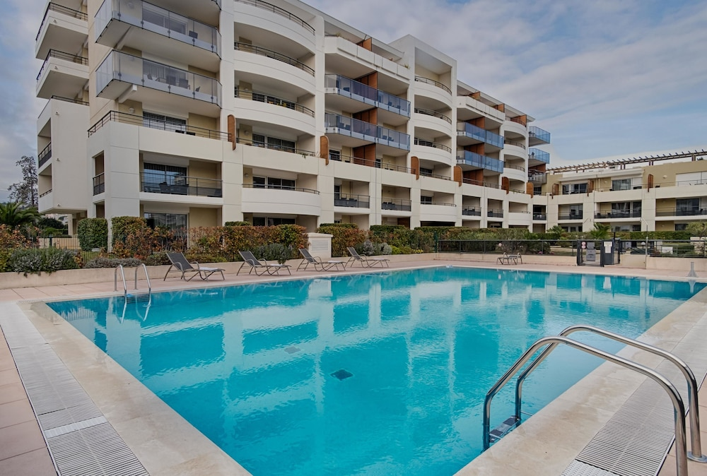 Appart h tel nemea r sidence le lido nice 2018 hotel for Hotel appart nice