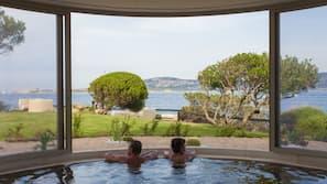 Indoor spa bath