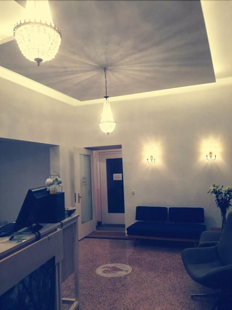 hotel marsil k ln germany. Black Bedroom Furniture Sets. Home Design Ideas
