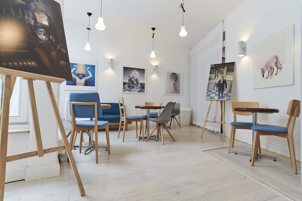hotel marsil cologne germany expedia. Black Bedroom Furniture Sets. Home Design Ideas