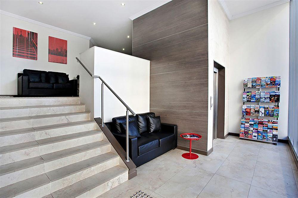 Quality Suites Camperdown Deals Reviews Sydney Aus Wotif