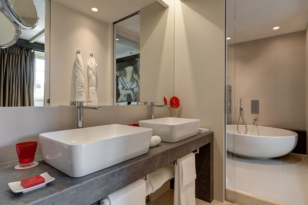 Bathroom, Villa Agrippina Gran Meliá - The Leading Hotels of the World