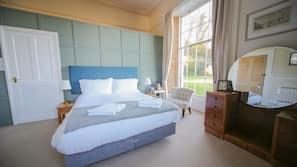 Individually furnished, iron/ironing board