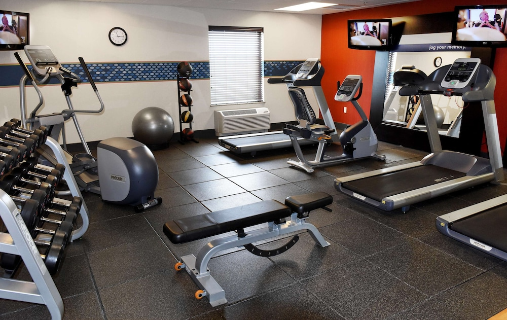 Fitness Facility, Hampton Inn & Suites by Hilton Fargo Medical Center