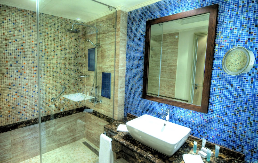 Bathroom, Hilton Marsa Alam Nubian Resort