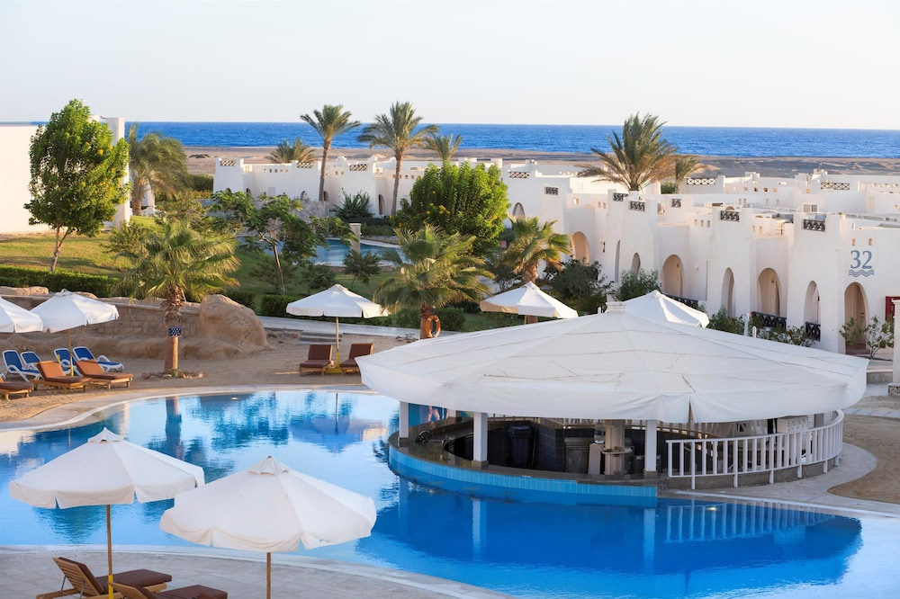 Pool, Hilton Marsa Alam Nubian Resort