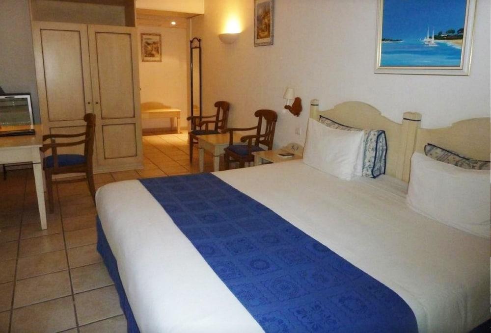 Best Western Hotel Bed And Suites Gemenos