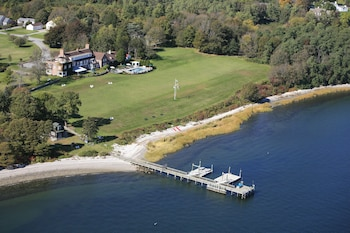 Point Pleasant Inn & Resort