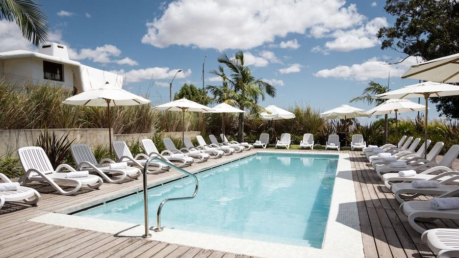 Costa Colonia - Riverside Boutique Hotel