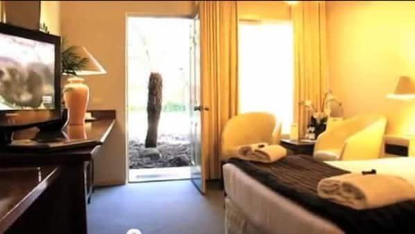 Rollaway beds, WiFi, wheelchair access