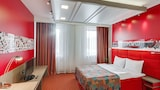 Red Stars Hotel - St. Petersburg Hotels