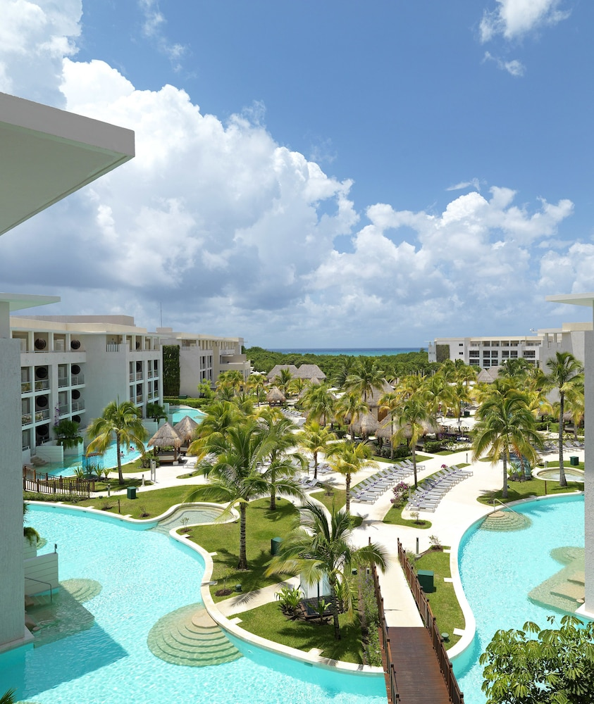 Pool, Paradisus Playa del Carmen All Inclusive