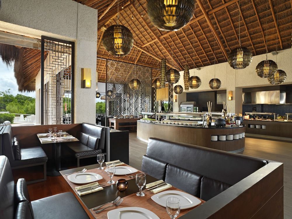 Restaurant, Paradisus Playa del Carmen All Inclusive