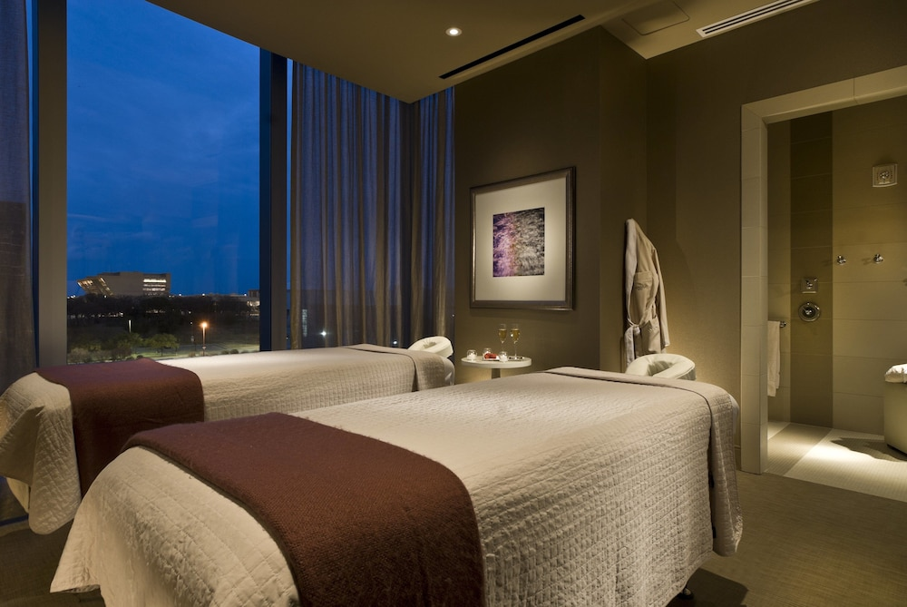 Spa, Omni Dallas Hotel