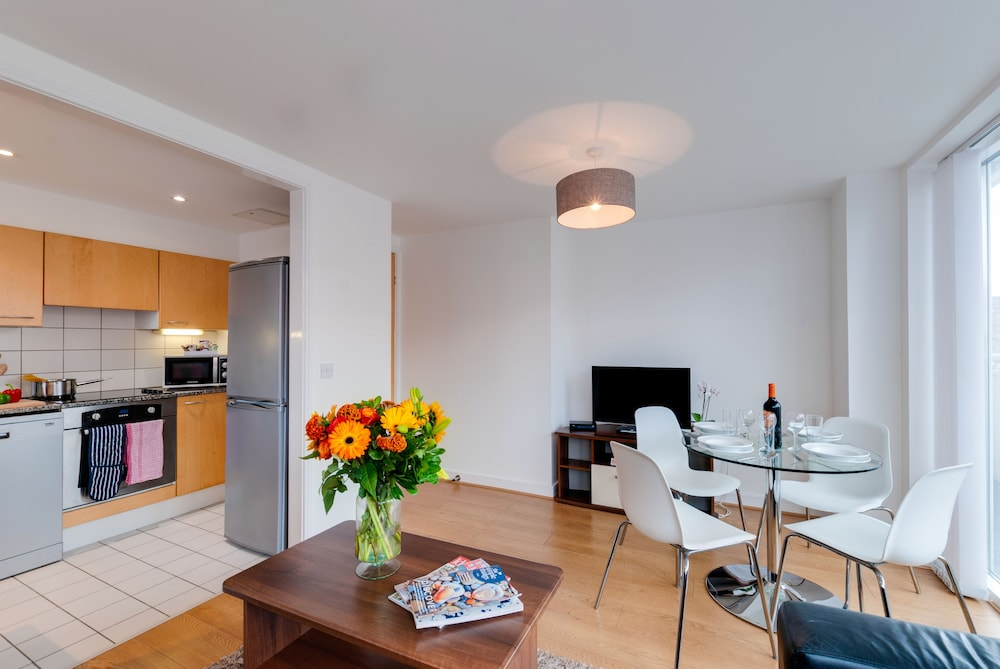 Base Serviced Apartments The Docks Liverpool Gbr Lastminute Co Nz
