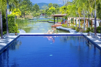 Lotus Villas & Resort Huahin