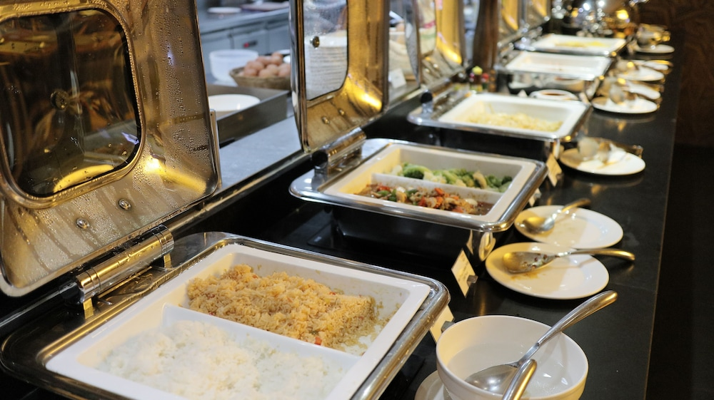 Breakfast buffet, Citrus Sukhumvit 13 by Compass Hospitality