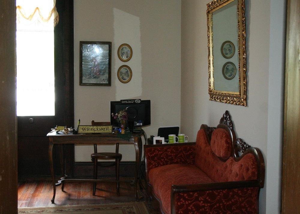 main street bed breakfast established in 1810 2018 room prices