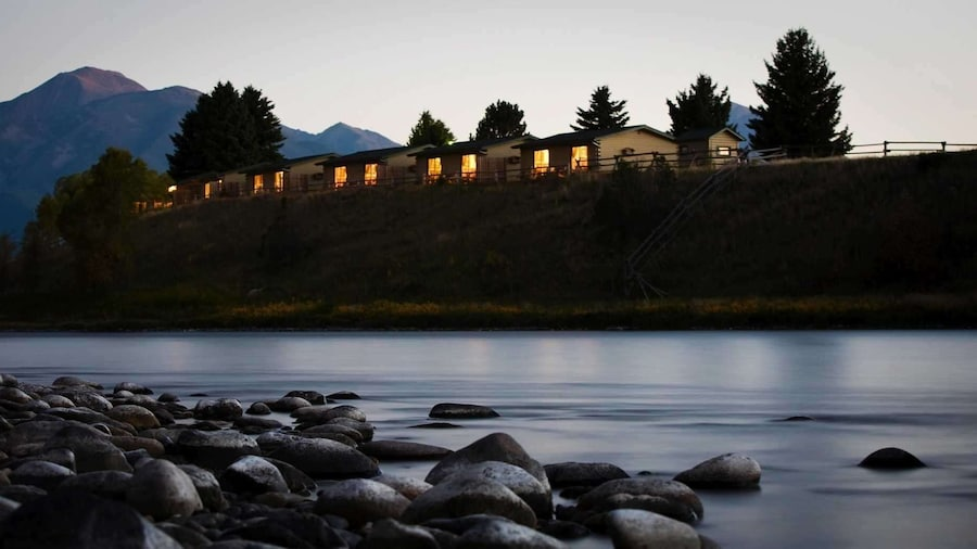 Yellowstone Valley Lodge, Ascend Hotel Collection