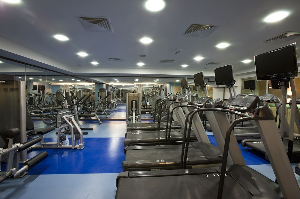 Gym, Bliss 3000 Furnished Studios
