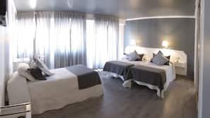 Ropa de cama de alta calidad, caja fuerte, escritorio y wifi gratis