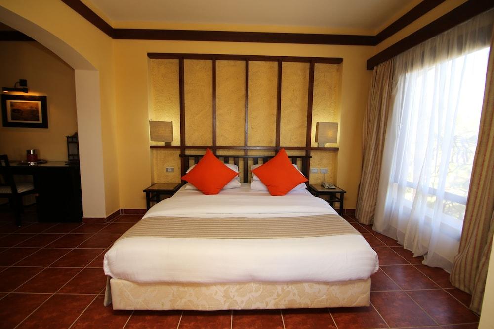Tamra Beach Resort 4 0 Van 5 Uitzicht Op Tuin Hoofdafbeelding