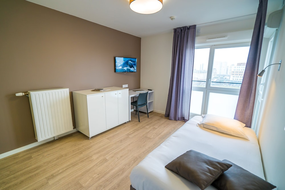 Room, All Suites Appart Hotel Dunkerque