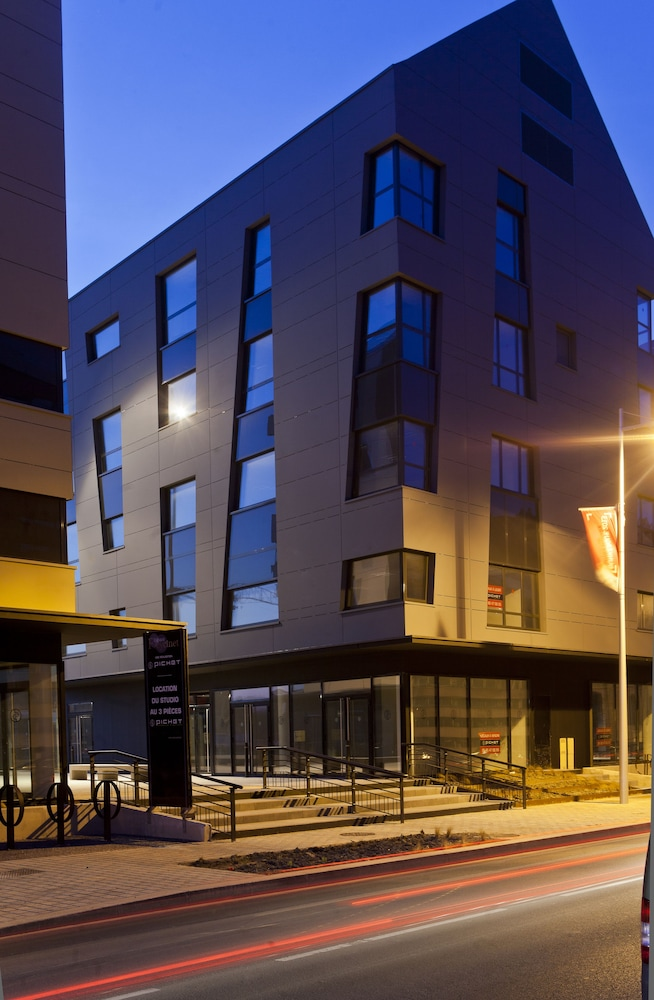 Front of Property - Evening/Night, All Suites Appart Hotel Dunkerque